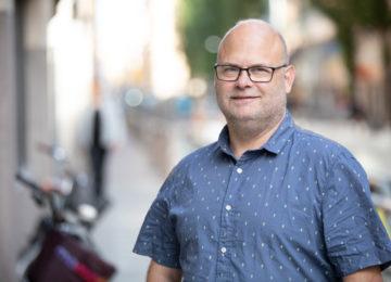 Porträttbild av Anders Lövgren