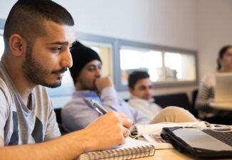 Fler elever tar examen på AcadeMedias gymnasieskolor